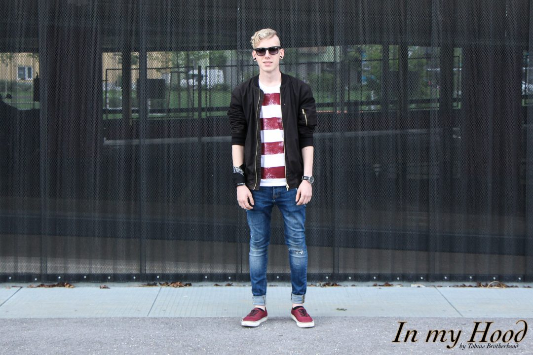 MY STYLE Bold Stripes T-Shirt mit Bomberjacke, In my Hood, Tobias, Austria, Steiermark, Graz, Grazer Blogger, OOTD, WIW, What I wore, Instastyle, Style is what, Streetstyle, Fashionaddict, Mensfashion, Mensstyle, Men with style, Fashiongoals, Fashionkilla, styled, Styleguide, Fashionblogger, Styleblogger, Lifestyleblog, Lifestyleblogger, Bloggerstyle, Bomberjacke, Vans, Jeans, Ray Ban, Bold Stripes T-Shirt